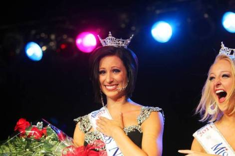 12 at the 2013 Miss America Pageant at Planet Hollywood and airing on ABC.